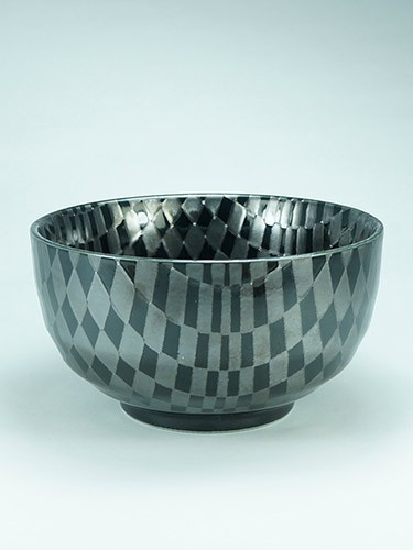 Cherckerboard bowl Kuro Ichimatsu