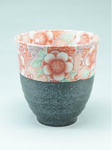 Tasse noire bordure fleurs Hana Yuuzen