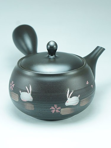 Usagi Sakura rabbit teapot
